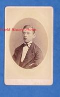 Photo Ancienne CDV Vers 1870 - UTRECHT - Portrait Jeune Homme Hollandais - W.G. Heijenberg - Garçon Boy Pose - Anciennes (Av. 1900)