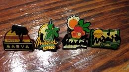 Lot De 4 Pin's Discothèque MAEVA - Badges
