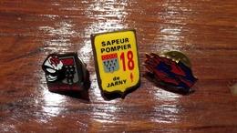 Lot De 3 Pin's Pompier - Badges