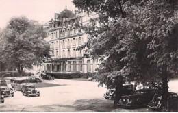 61 - BAGNOLES DE L'ORNE : HOTEL Des TERMES ( Automobiles ) - CPSM Photo Format Noir Blanc CPA - Orne - Bagnoles De L'Orne