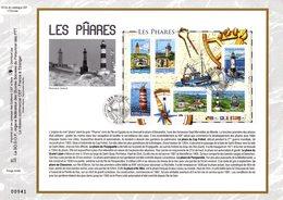 """"""" LES PHARES """" Sur Feuillet CEF N°té En SOIE De 2007 N° 1913s N° YT BF 114. Parfait état FDC - Phares"""