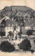 90 - BELFORT - Le Monument Des Trois Sièges Et Le Château - Belfort - Ville