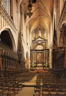 "CPM - ANTWERPEN - O.-L.-Vrouwekathedraal - Koorgestoelte En Hoogaltaar Met ""O.L. Vrouw-tenhemelopneming"" Van P.-P Rubens - Antwerpen"
