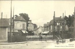 VERNON  -- Passage à Niveau Et Rue D'Albufera                                           -- A L. - Vernon