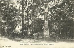 VERNON  -- Parc De Bizy - Monument élevé Par La Duchesse D'Orléans                                   -- A L. - Vernon