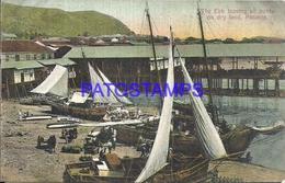 105071 PANAMA THE EBB LEAVING ALL BOATS ON DRY LAND POSTAL POSTCARD - Panama