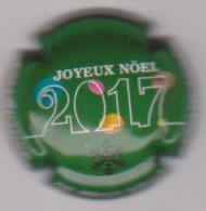 Capsule Champagne DE MILLY Albert ( Nr ; Joyeux Noel 2017 , Fond Vert ) {S51-18} - Champagne