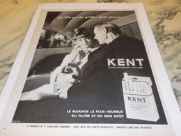 ANCIENNE PUBLICITE CIGARETTE KENT 1965 - Affiches