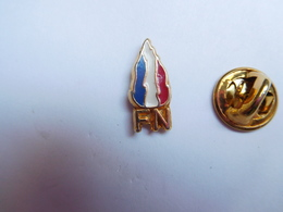 Beau Pin's  , FN , Front National , Marine Le Pen - Associations