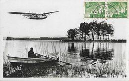 Au Pays Landais (Landes) - Au Bord D'un Grand Lac, Barque Et Hydravion, Poème D'André Jeannin - Photo E. Vignes - France