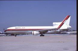 SLIDE / AVION / AIRCRAFT   KODAK  ORIGINAL   TOTAL AIR  TRISTARD  N702TT - Diapositives