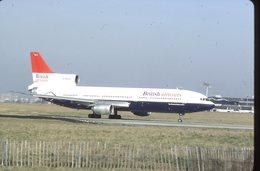 SLIDE / AVION / AIRCRAFT   KODAK  ORIGINAL  BRITISH AIRTOURS TRISTARD  G-BBAJ - Diapositives
