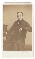 CDV HOMME PEINTRE BELGE JEAN BAPTISTE MADOU PHOTO GHEMAR  BRUXELLES  FOTO MAN   BRUSSEL.    RARE !!! - Anciennes (Av. 1900)