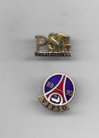 2 PIN'S PARIS SAINT GERMAIN - Football