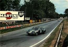 151218 - SPORT AUTO LE MANS Circuit Des 24 Heures PORSCHE 911 Au Virage D'Arnage - Pub MARTINI BP SHELL ANTAR - Le Mans