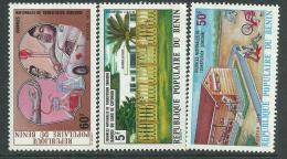 Bénin  N° 377 / 79 X Journées Nationales De Transfusion Sanguine, Les 3 Valeurs  Trace De Charnière Sinon TB - Bénin – Dahomey (1960-...)