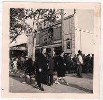 Photo Originale 1940 Algérie Sidi Bel Abbes Oran  Cinéma Le Rio Puig Affiche Un De La Légion - Africa