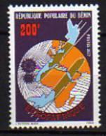 Bénin N° 388 X  Eurafrique ,  Trace De Charnière Sinon TB - Bénin – Dahomey (1960-...)