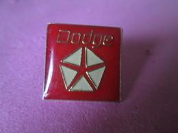 PIN'S    LOGO  DODGE - Badges