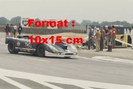 Reproduction D'une Photographie Ancienne D'une Porsche 908/2 Aux 24 Heures Du Mans En 1970 - Reproductions