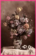 Vase Avec Fleurs - Roses - Marguerites - MYRKA - Blumen