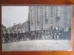 Carte Photo  Flexbourg Conscrits1923  Avec Leur Velo Ou Motocyclette - Francia
