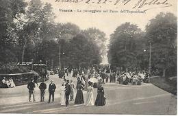 VE421 - VENEZIA - LA PASSEGGIATA NEL PARCO DELL'ESPOSIZIONE - FORMATO PICCOLO -  VIAGGIATA 1901 - Venezia