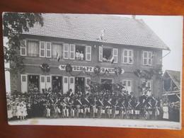 Carte Photo   Wirtschaft Zum Bahnhof Ettendorf . Conscrits Et Leur Velos Decores - France