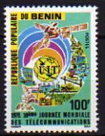 Bénin N° 414 X  10ème Journée Mondiale Des Télécommunications Trace De Charnière Sinon TB - Bénin – Dahomey (1960-...)