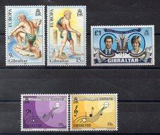 GIBRALTAR  Lot De  Timbres Neufs **  1981-1985  ( Ref 1048K )   Séries Complètes - Gibraltar
