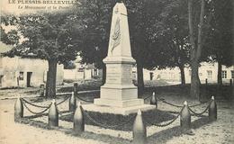 CP LE PLESSIS-BELLEVILLE MONUMENT ET LA POSTE - France