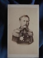 Photo CDV Anonyme - Noblesse états Germanique Personnalité à Identifier Circa 1860 L408 - Photographs