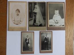 Lot De 8 Photos (5 Petit Format Sur Carton épais Et 3 Format Carte Photo) - Photographs