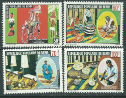 Bénin  N° 422 / 25 X  Découverte Du Bénin à Travers Ses Provinces, Les 4 Valeurs  Trace De Charnière Sinon TB - Bénin – Dahomey (1960-...)