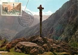 Gd Format :environ 15cms X10cms -ref Y262- Andorre - Andorra -croix Gothique -carte Premier Jour-timbre Philatelie - Andorre