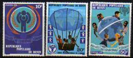 Bénin N° 441/43  X Année Internationale De L'Enfant  Trace De Charnière Sinon TB - Bénin – Dahomey (1960-...)