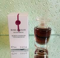 "Miniature  ""ROSE ABSOLUE "" , D'YVES ROCHER  Eau De Toilette 5 Ml Dans Sa  Boite (M076) - Miniatures Womens' Fragrances (in Box)"