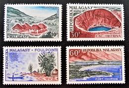 PAYSAGES 1962 - NEUFS ** - YT 365/68 - MI 478/81 - Madagascar (1960-...)