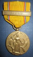 """American Defense"" Avec Agrafe ""Fleet"" US WW2 - Etats-Unis"