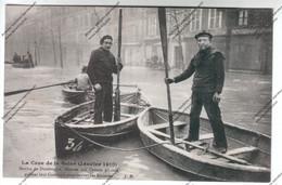 CPA PARIS Crue Seine : Marins De Dunkerque Sur Canots Pliants Prêtent Leur Concours Pour Sauver Les Sinistrés - Inondations De 1910