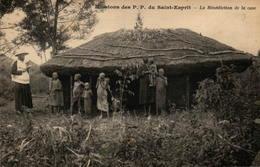 Missions Des P.P. Du Saint-Esprit - La Bénédiction De La Case - Missions