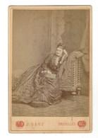 CDV BRUXELLES FEMME PHOTO GANZ FOTO VROUW BRUSSEL.    FORMAT CABINET CARD - Anciennes (Av. 1900)