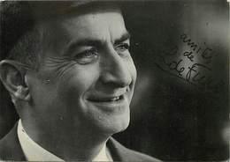 Gd Format :environ 15cms X10cms -ref Y202- Artistes -cinema -acteur- Louis De Funes - Signature Autographe - - Acteurs