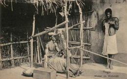 TOGO - Weber Im Webstuhl - Togo
