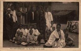 Village Africain - Le Marabout Et Son école - Postcards