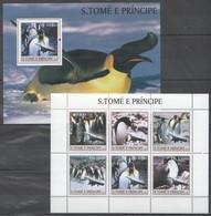 Y026 2003 S.TOME E PRINCIPE FAUNA BIRDS PENGUINS 1BL+1KB MNH - Penguins