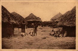 Missions Des Pères Du Saint-Esprit - Afrique Orientale - Coin De Village Taïta - Missions