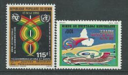 Bénin  N° 527 / 28   X  Hôtel Sheraton Et Journée Mondiale Des Télécom., Les 2 Valeurs Trace De Charnière Sinon TB - Bénin – Dahomey (1960-...)