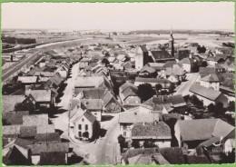 En Avion Au-dessus De ....RÉGUISHEIM   Haut Rhin Vue Générale  Carte Photo - Autres Communes