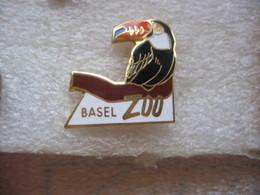 Pin's Oiseau Du Zoo De BALE En Suisse - Animals